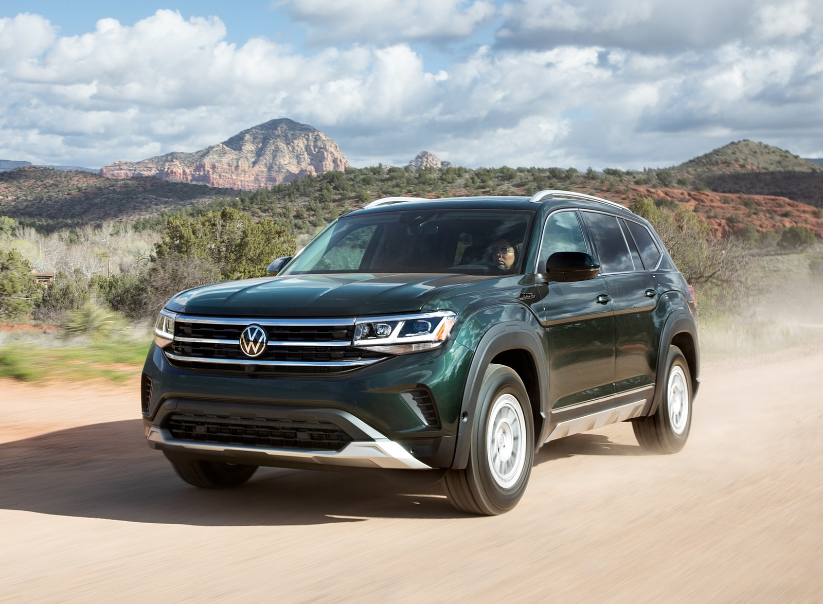 2021 Volkswagen Atlas Basecamp Front Three-Quarter Wallpapers (4)