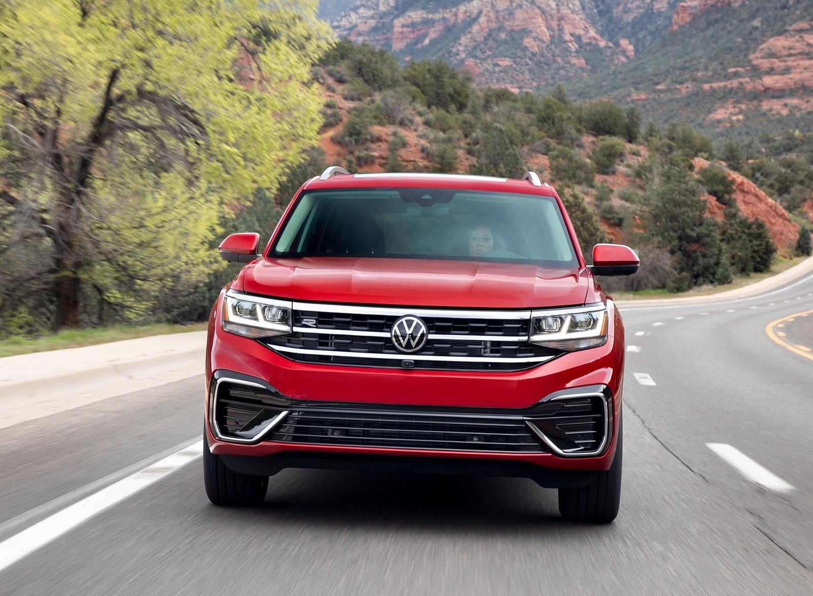 2021 Volkswagen Atlas SEL Premium 4Motion Front Wallpapers (4)