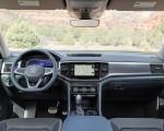 2021 Volkswagen Atlas SEL Premium 4Motion Interior Cockpit Wallpapers 150x120 (22)