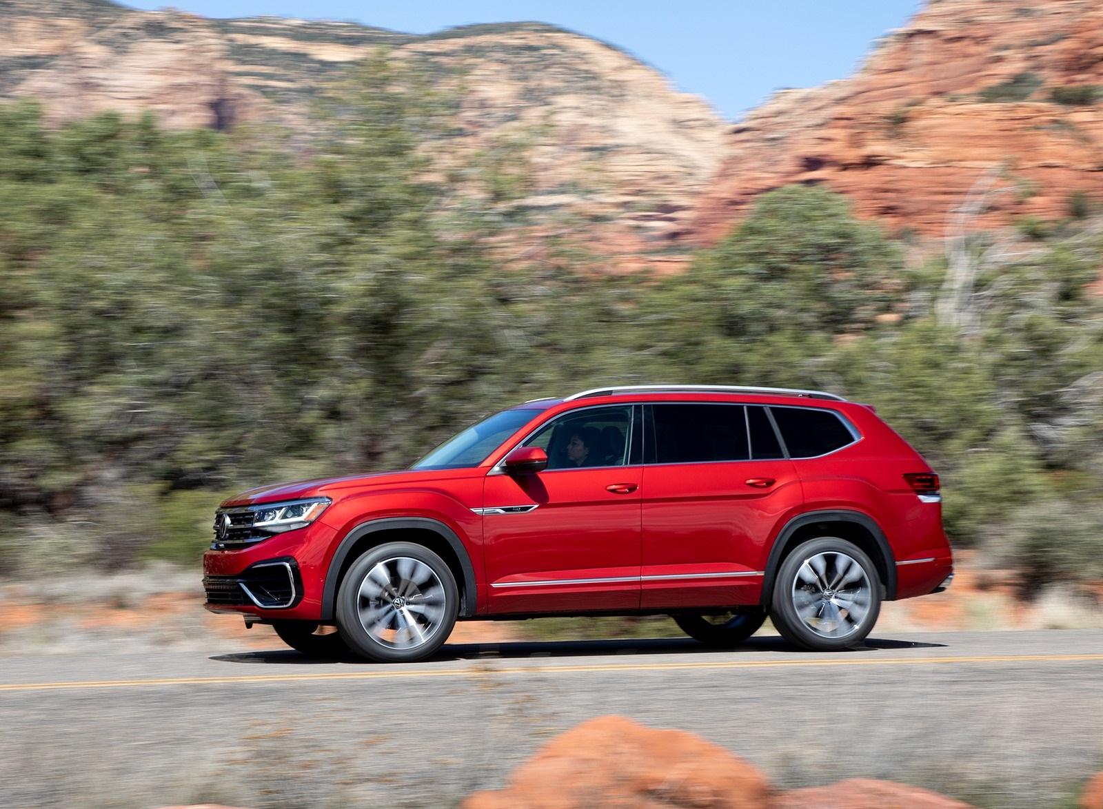 2021 Volkswagen Atlas SEL Premium 4Motion Side Wallpapers (8)