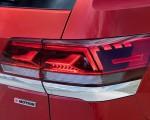 2021 Volkswagen Atlas SEL Premium 4Motion Tail Light Wallpapers 150x120 (20)