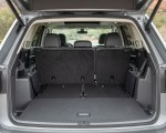 2021 Volkswagen Atlas SEL R-line Trunk Wallpapers 150x120 (42)