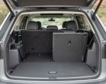 2021 Volkswagen Atlas SEL R-line Trunk Wallpapers 150x120 (43)
