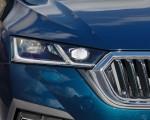 2020 Škoda Octavia Headlight Wallpapers 150x120 (35)