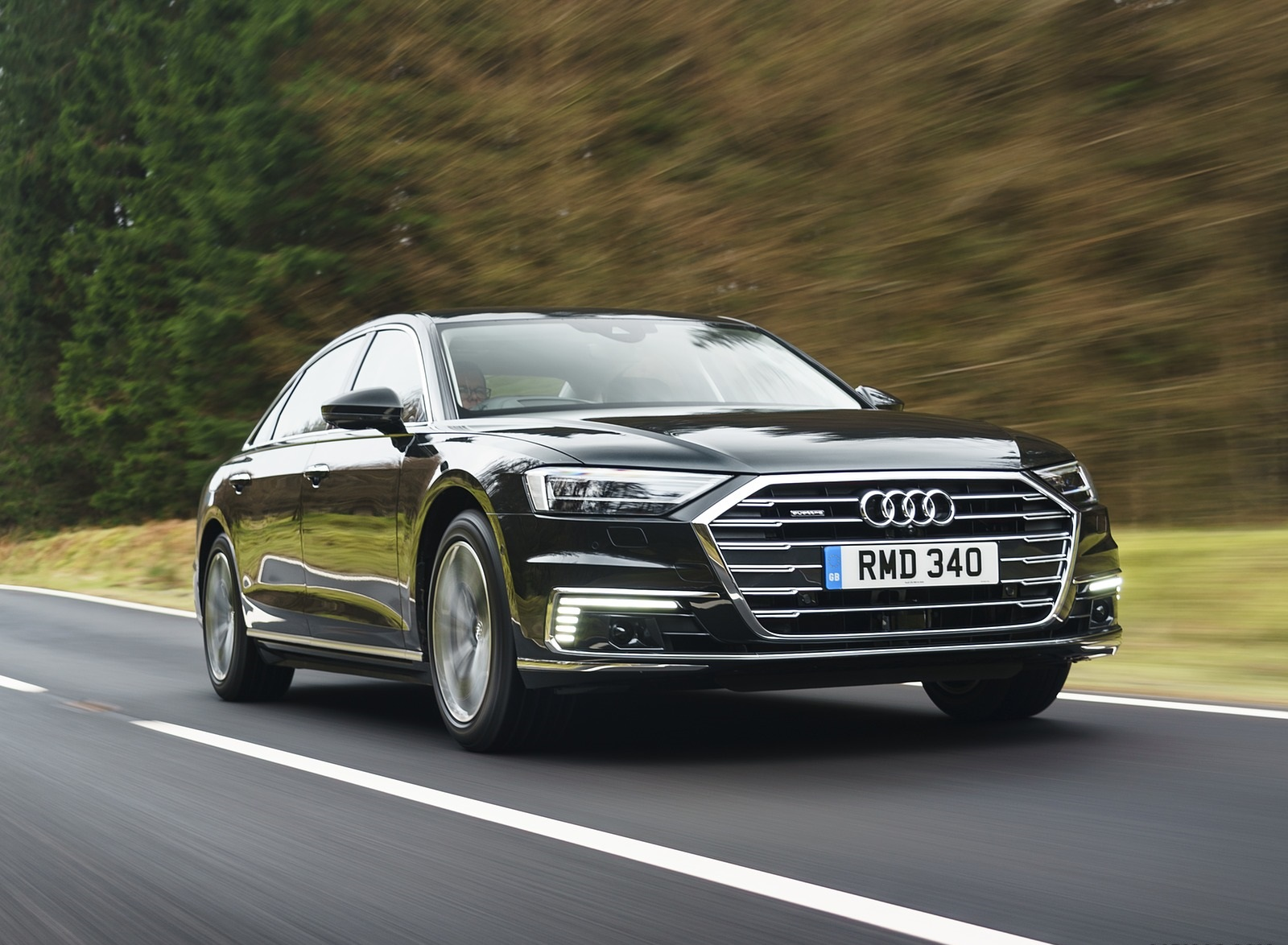 2020 Audi A8 L 60 TFSI e quattro (Plug-In Hybrid UK-Spec) Front Three-Quarter Wallpapers (1)