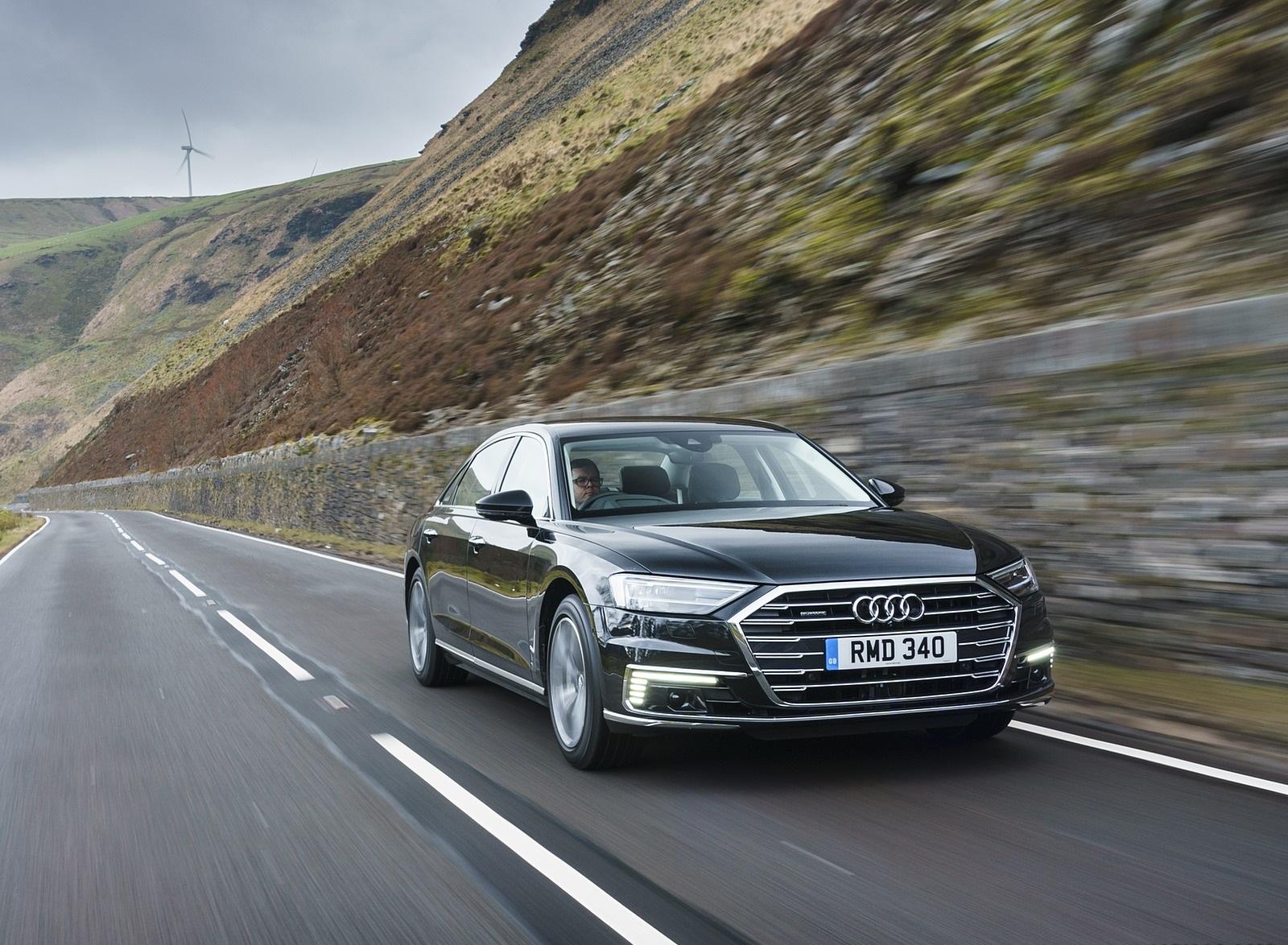 2020 Audi A8 L 60 TFSI e quattro (Plug-In Hybrid UK-Spec) Front Three-Quarter Wallpapers (4)