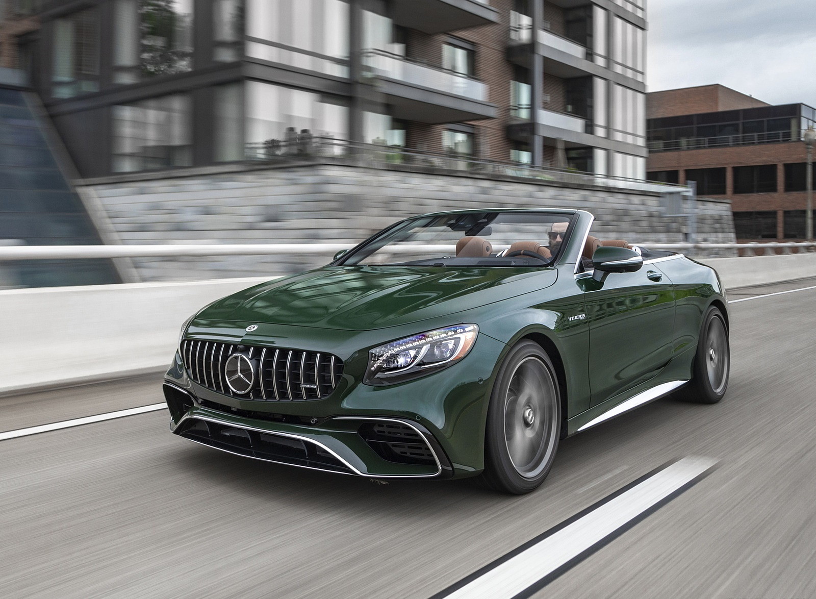 2020 Mercedes-AMG S 63 Cabriolet (US-Spec) Front Three-Quarter Wallpapers (2)