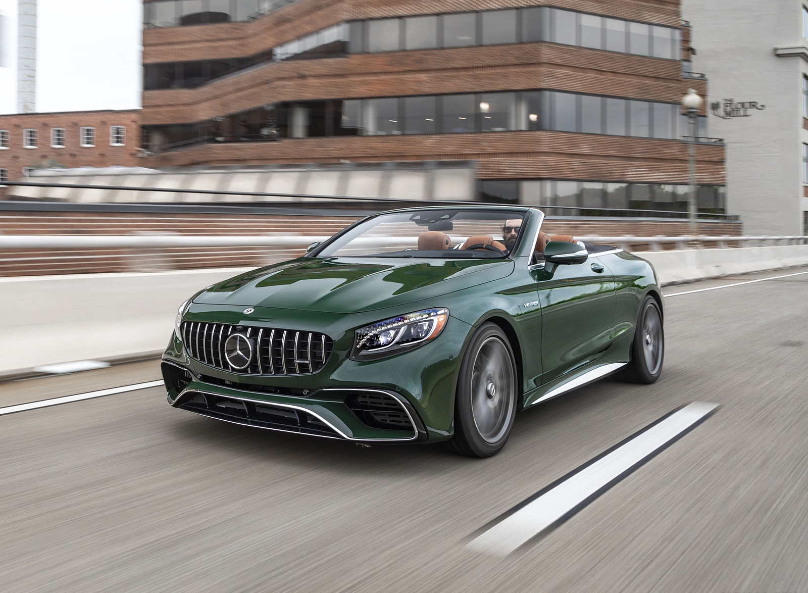 2020 Mercedes-AMG S 63 Cabriolet (US-Spec) Front Three-Quarter Wallpapers (3)