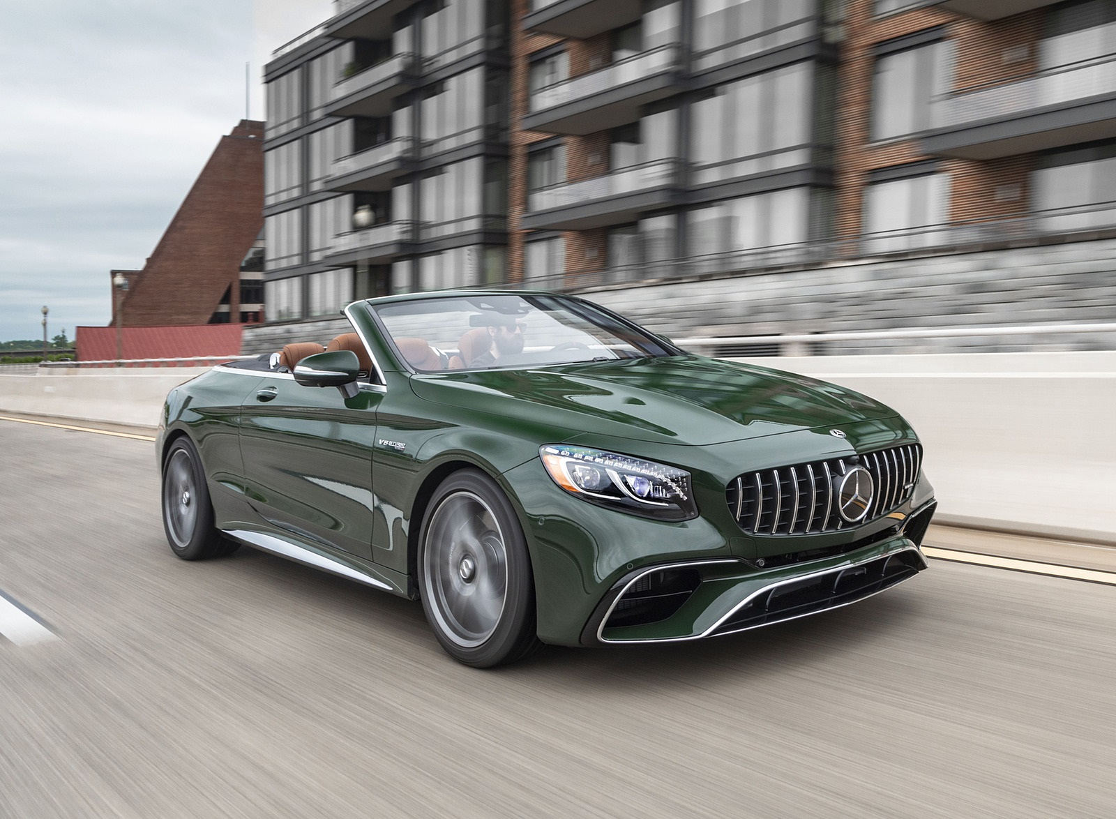 2020 Mercedes-AMG S 63 Cabriolet (US-Spec) Front Three-Quarter Wallpapers (4)