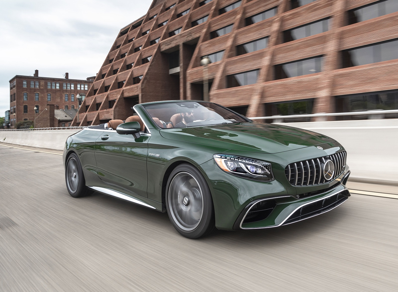 2020 Mercedes-AMG S 63 Cabriolet (US-Spec) Front Three-Quarter Wallpapers (5)