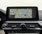 2021 BMW 5 Series Central Console Wallpapers 150x120 (33)