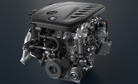 2021 BMW 5 Series Engine Wallpapers 450x275 (39)