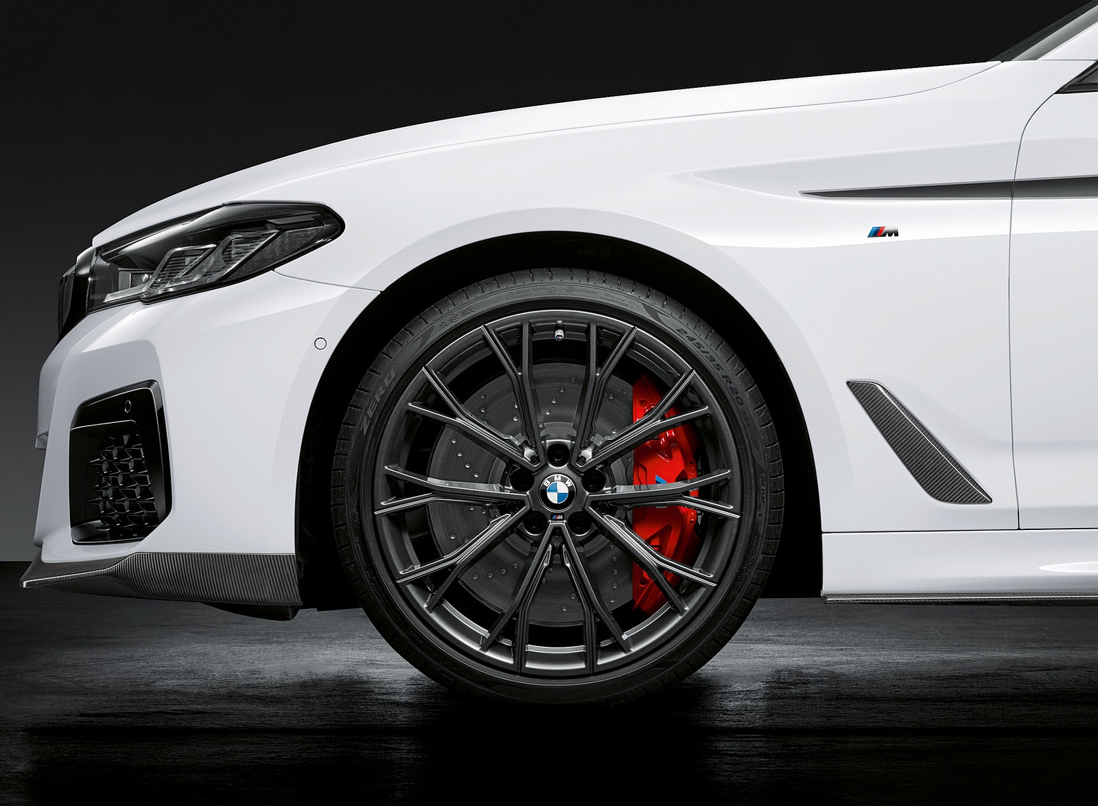 2021 BMW 5 Series M Performance Parts Wheel Wallpapers (9)