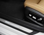 2021 BMW 540i Door Sill Wallpapers 150x120 (27)
