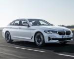 2021 BMW 540i Front Three-Quarter Wallpapers 150x120 (2)
