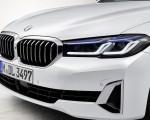 2021 BMW 540i Headlight Wallpapers 150x120 (16)