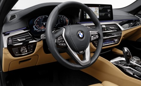 2021 BMW 540i Interior Wallpapers 450x275 (26)