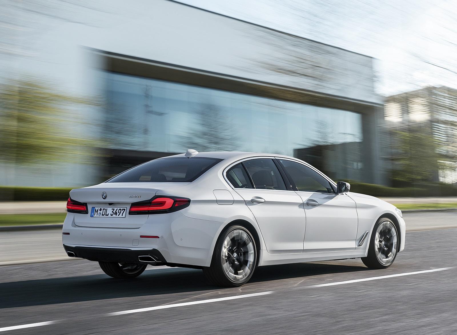 2021 BMW 540i Rear Three-Quarter Wallpapers (5)