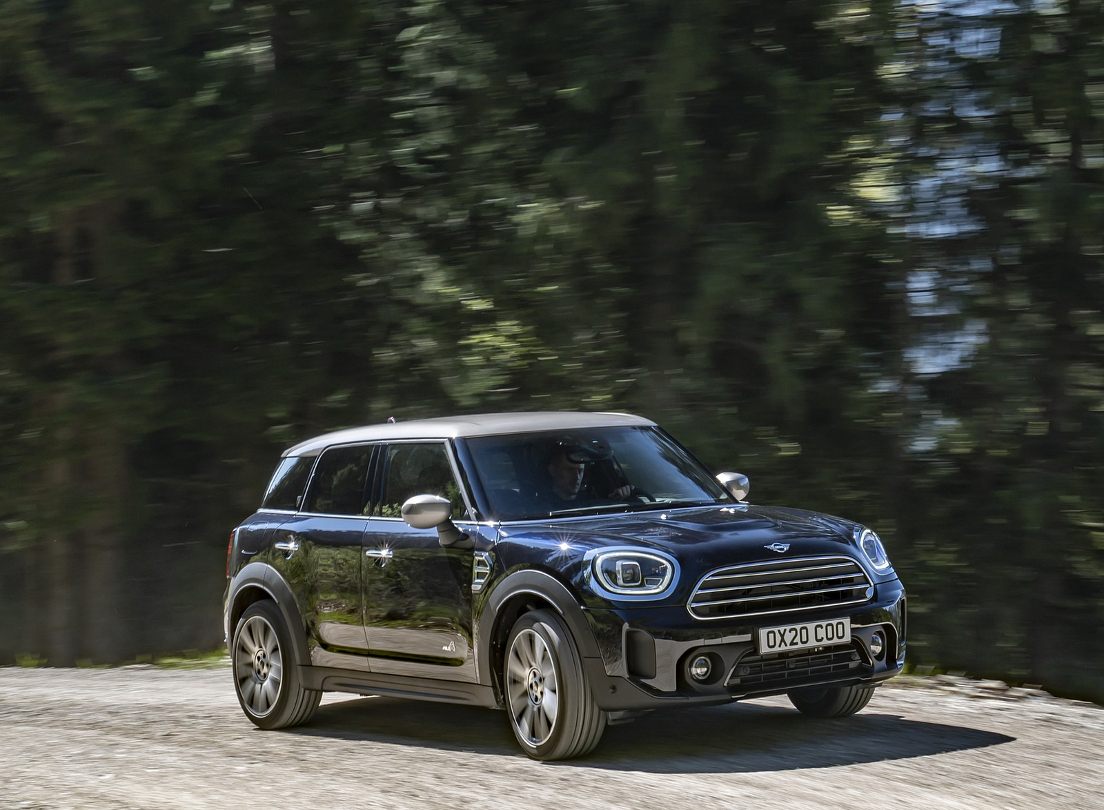 2021 MINI Countryman ALL4 Front Three-Quarter Wallpapers (3)