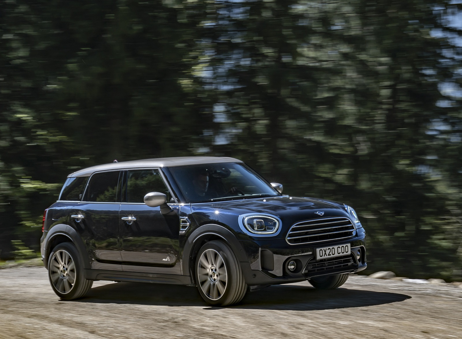 2021 MINI Countryman ALL4 Front Three-Quarter Wallpapers (7)