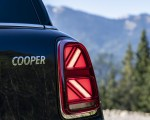 2021 MINI Countryman ALL4 Tail Light Wallpapers 150x120 (29)