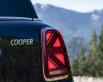 2021 MINI Countryman ALL4 Tail Light Wallpapers 150x120 (30)
