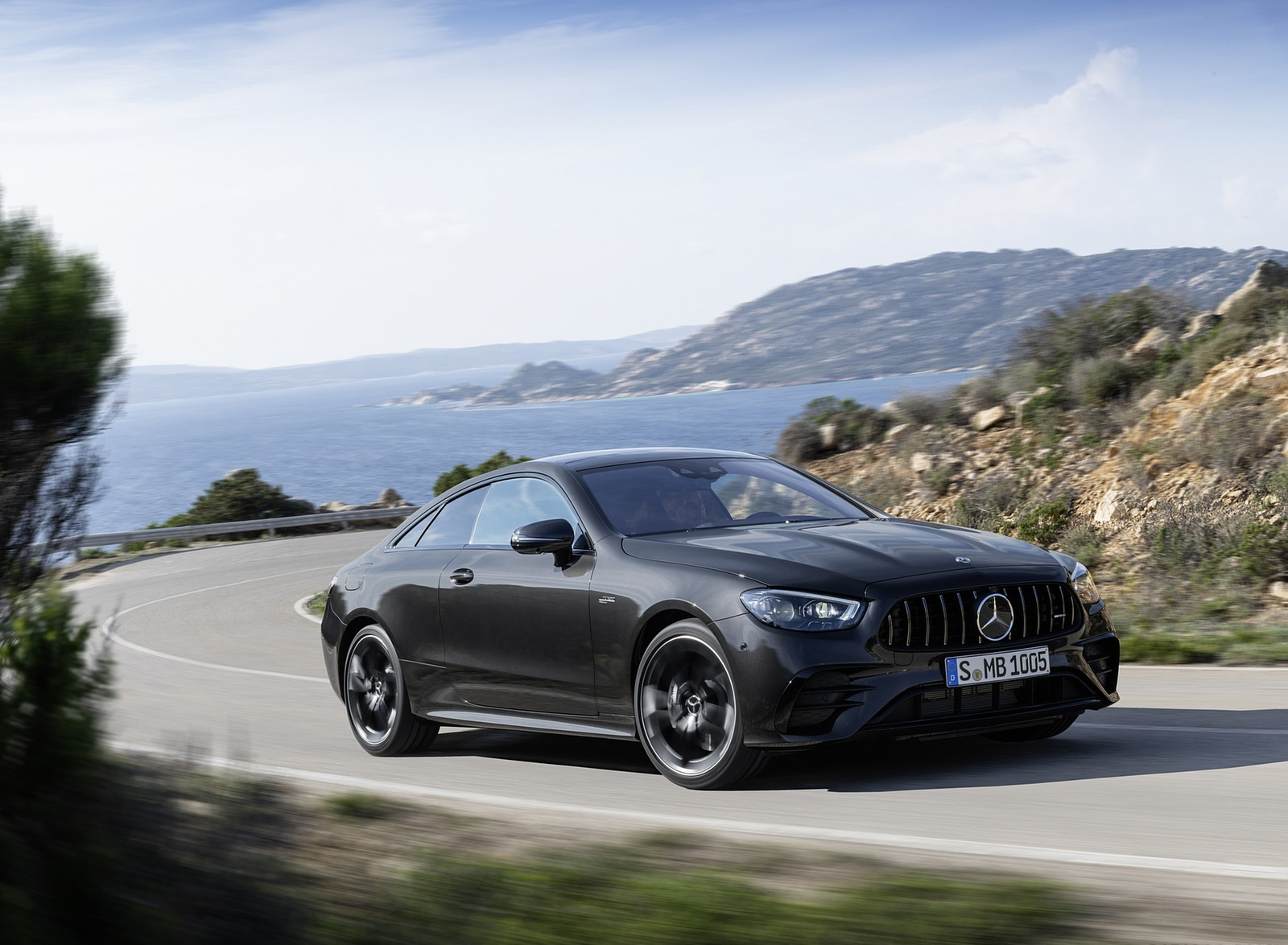 2021 Mercedes-AMG E 53 Coupe (Color: Graphite Grey Metallic) Front Three-Quarter Wallpapers (6)