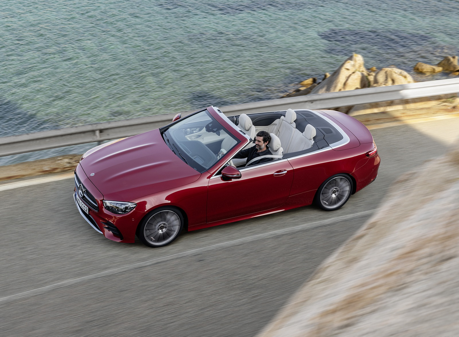 2021 Mercedes-Benz E 450 4MATIC Cabriolet AMG Line (Color: Designo Hyacinth Red Metallic) Front Three-Quarter Wallpapers (5)