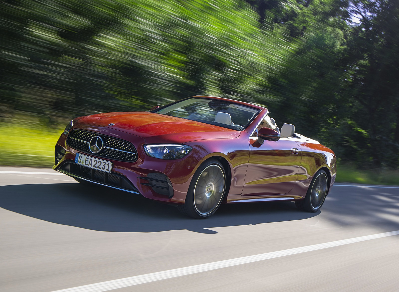 2021 Mercedes-Benz E 450 4MATIC Cabriolet (Color: Patagonia Red) Front Three-Quarter Wallpapers (1)