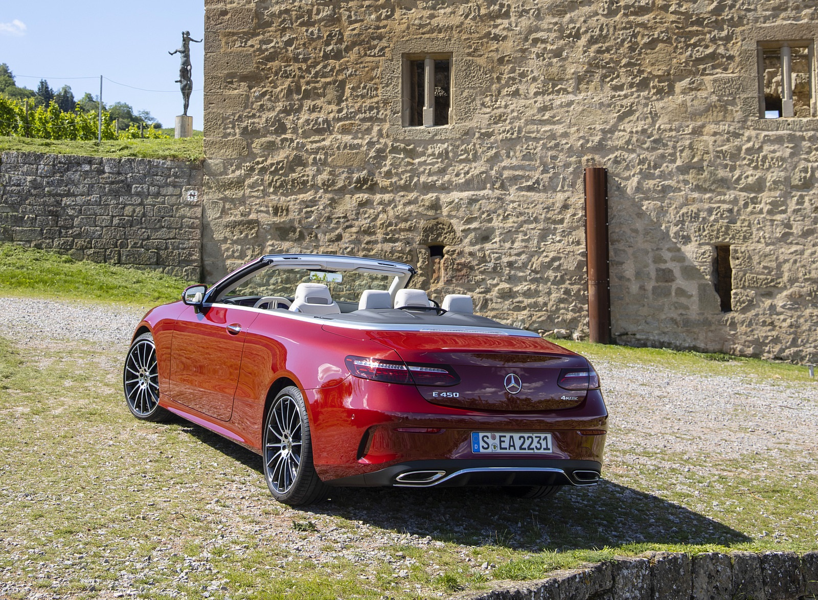 2021 Mercedes-Benz E 450 4MATIC Cabriolet (Color: Patagonia Red) Rear Three-Quarter Wallpapers (9)