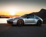 2021 Porsche 911 Targa 4 (Color: Dolomite Silver Metallic) Front Three-Quarter Wallpapers 150x120 (9)