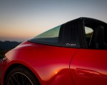 2021 Porsche 911 Targa 4S (Color: Guards Red) Detail Wallpapers 150x120 (38)