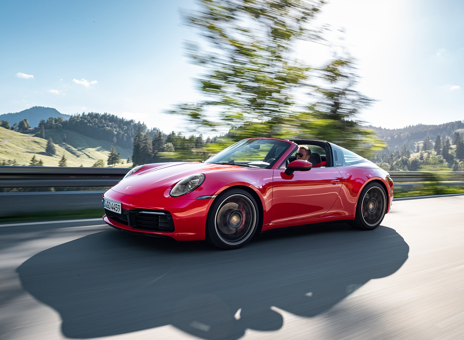 2021 Porsche 911 Targa 4S (Color: Guards Red) Front Three-Quarter Wallpapers (10)