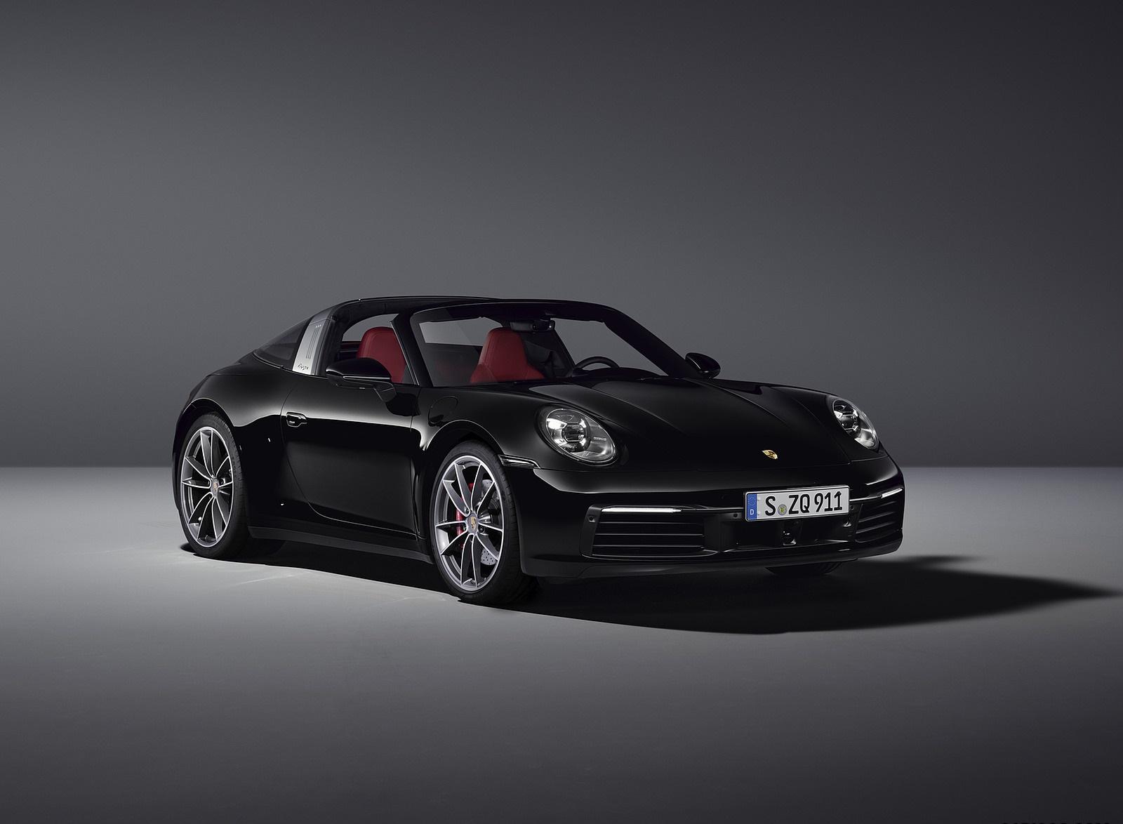 2021 Porsche 911 Targa 4S Front Three-Quarter Wallpapers (9)