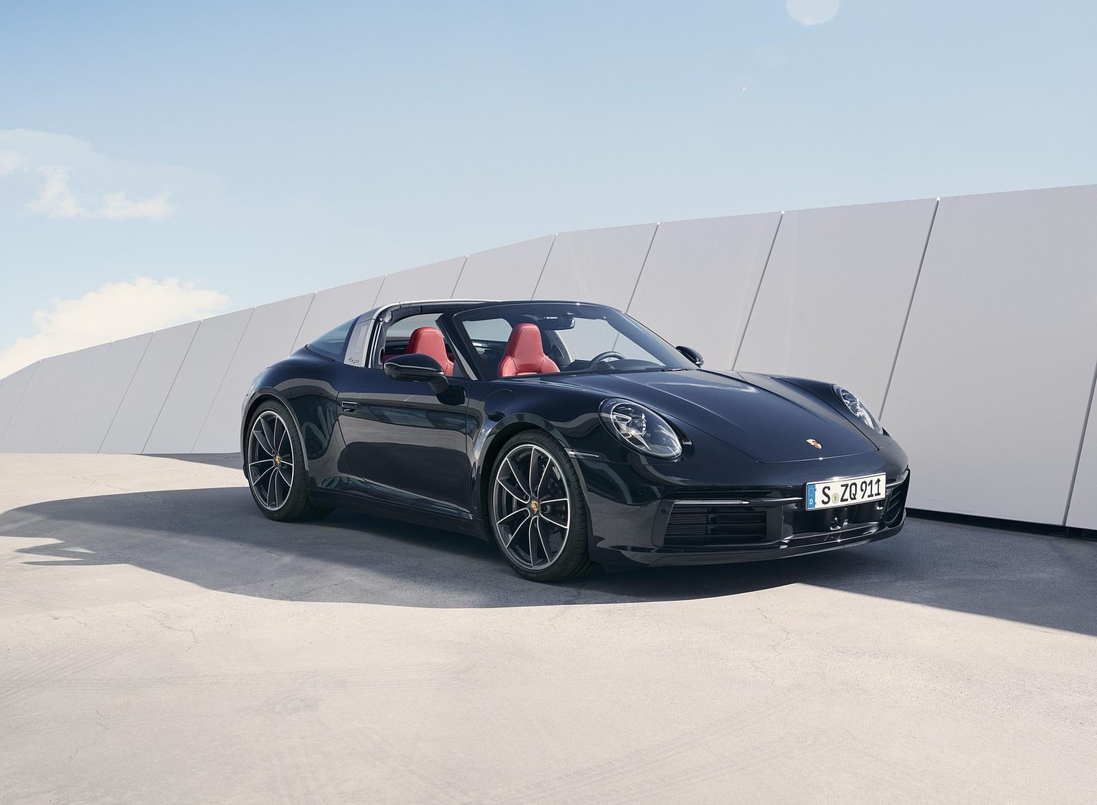 2021 Porsche 911 Targa 4S Front Three-Quarter Wallpapers (1)