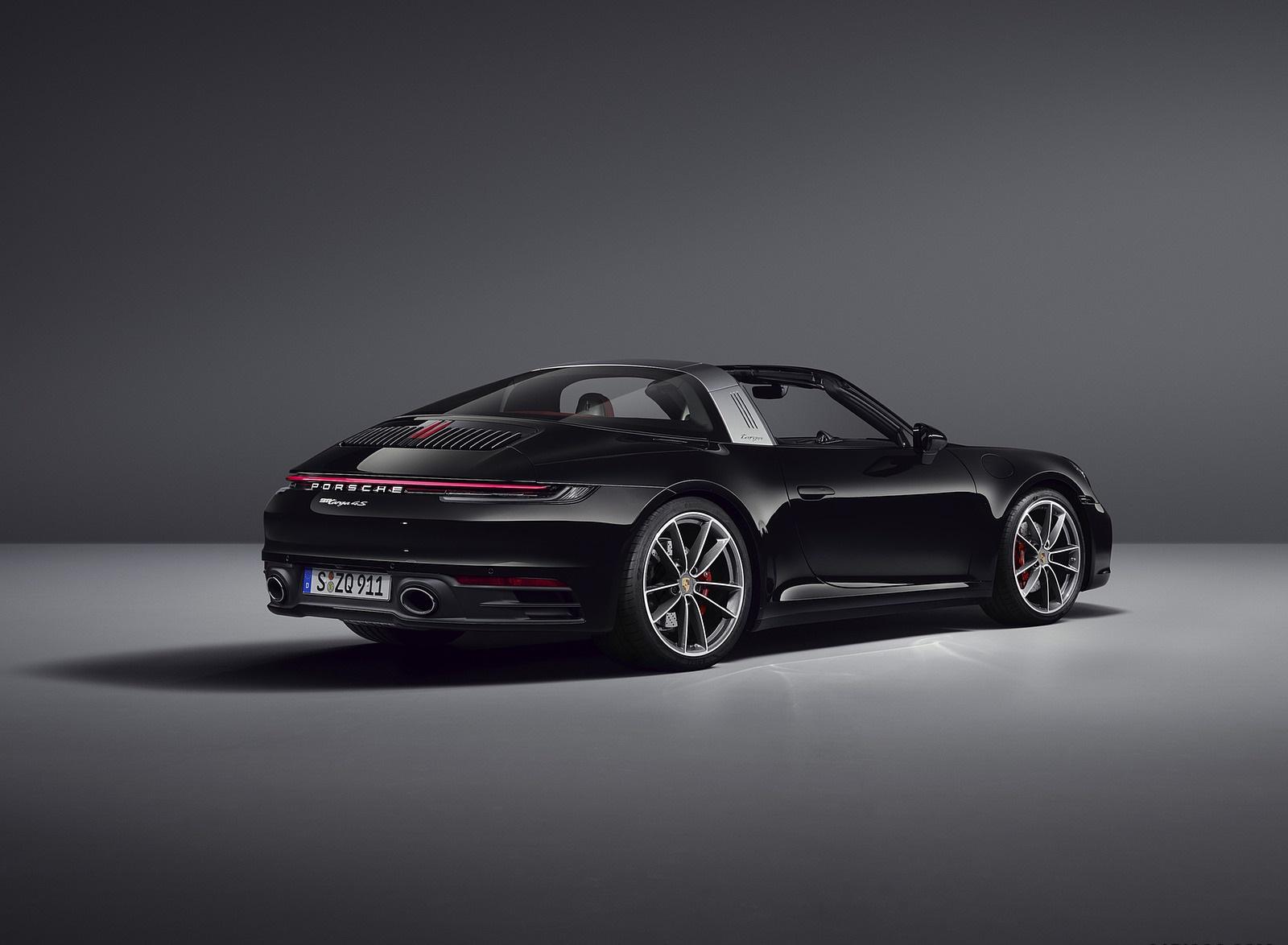 2021 Porsche 911 Targa 4S Rear Three-Quarter Wallpapers (10)