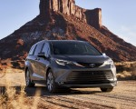 2021 Toyota Sienna Platinum Hybrid Front Three-Quarter Wallpapers 150x120 (1)