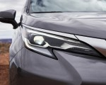 2021 Toyota Sienna Platinum Hybrid Headlight Wallpapers 150x120 (9)