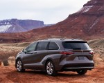 2021 Toyota Sienna Platinum Hybrid Rear Three-Quarter Wallpapers 150x120 (6)