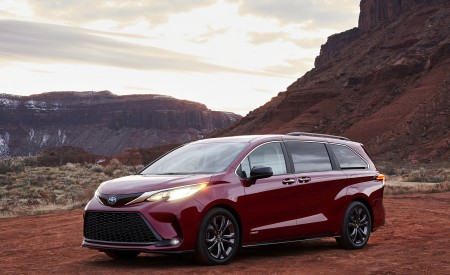 2021 Toyota Sienna XSE Wallpapers & HD Images