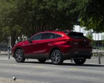 2021 Toyota Venza Hybrid LE Rear Three-Quarter Wallpapers 150x120 (4)
