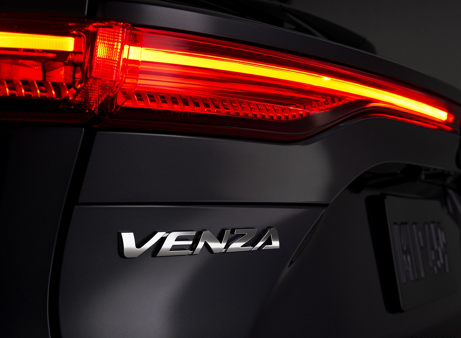 2021 Toyota Venza Tail Light Wallpapers (7)