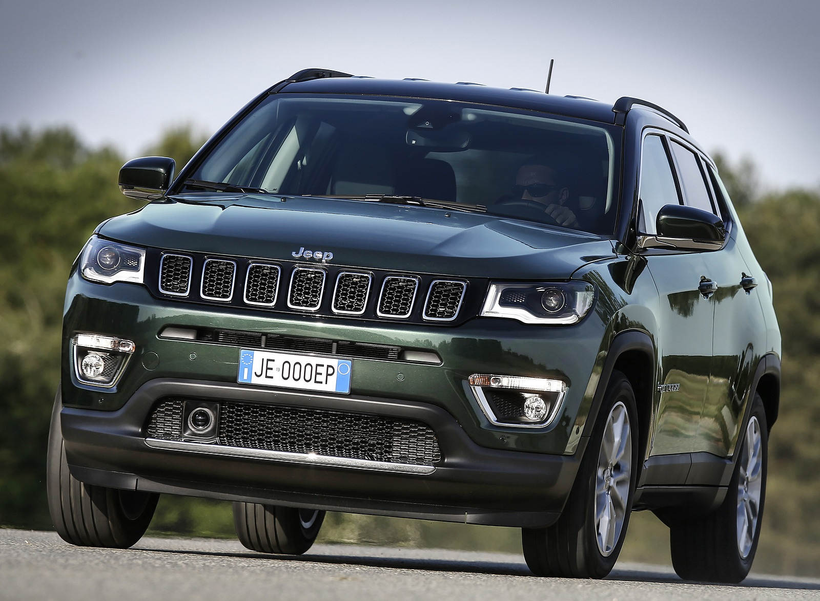 2020 Jeep Compass (Euro-Spec) Front Wallpapers (9)