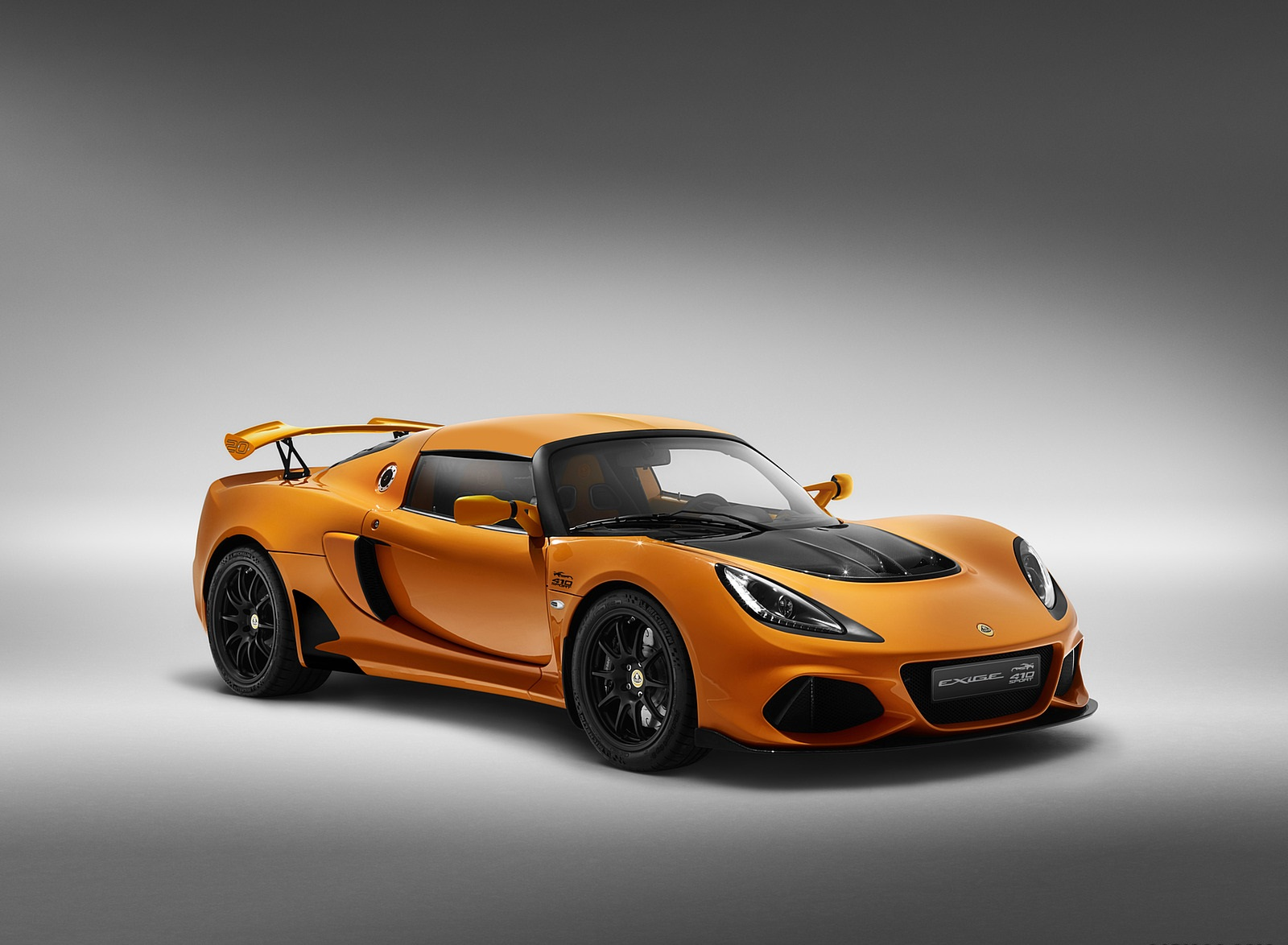 2020 Lotus Exige Sport 410 20th Anniversary (Color: Chrome Orange) Front Three-Quarter Wallpapers (8)