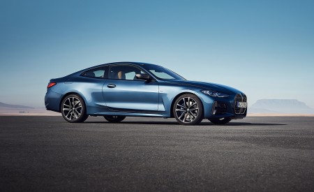 2021 BMW M440i xDrive Coupe Front Three-Quarter Wallpapers 450x275 (49)