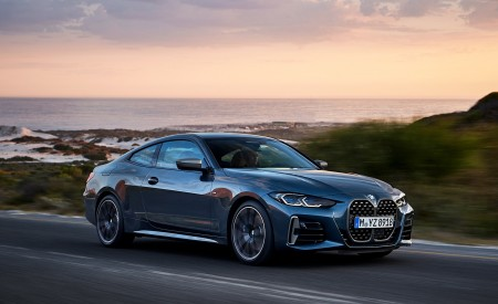 2021 BMW M440i xDrive Coupe Front Three-Quarter Wallpapers 450x275 (37)