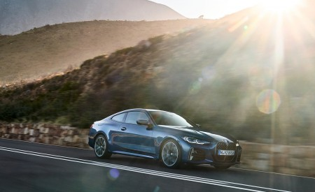 2021 BMW M440i xDrive Coupe Front Three-Quarter Wallpapers 450x275 (25)