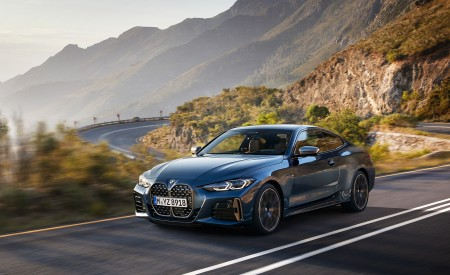 2021 BMW M440i xDrive Coupe Front Three-Quarter Wallpapers 450x275 (2)