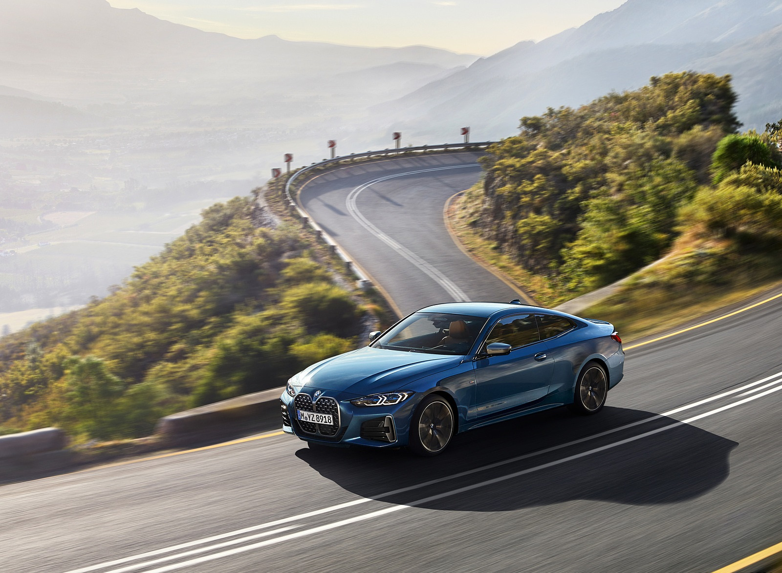 2021 BMW M440i xDrive Coupe Front Three-Quarter Wallpapers (3)
