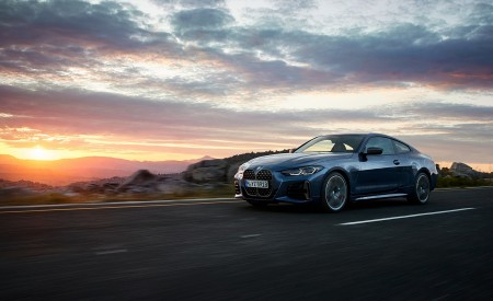 2021 BMW M440i xDrive Coupe Front Three-Quarter Wallpapers 450x275 (31)